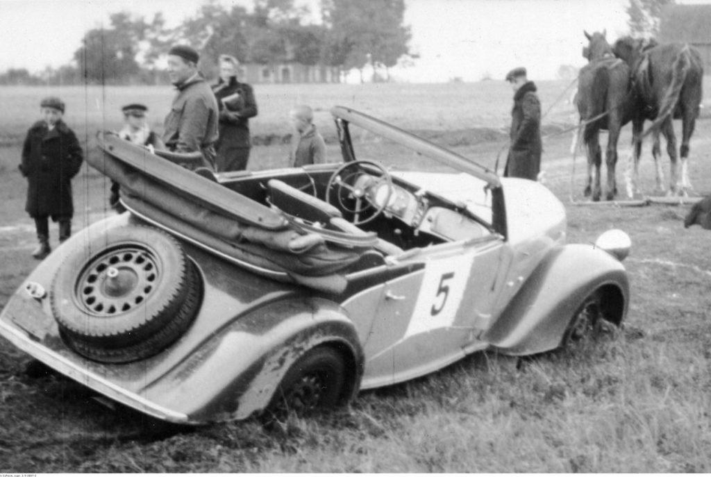 Wyścigi samochodowe organizowane przez Automobilklub to nieodłączny element historii Kampinosu